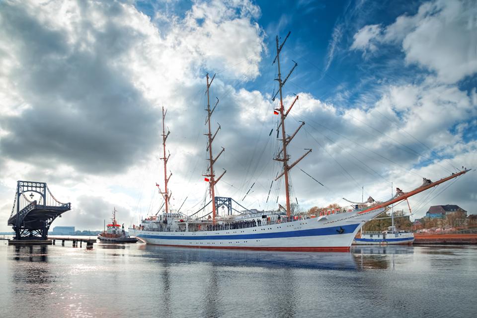 20160502-MIR-verlässt-Wilhelmshaven