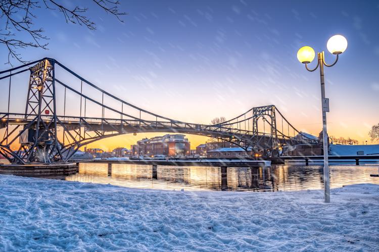 Wilhelmshaven KW Brücke